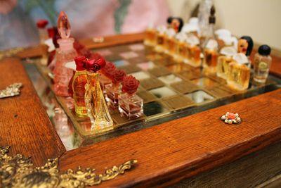Perfume chess board