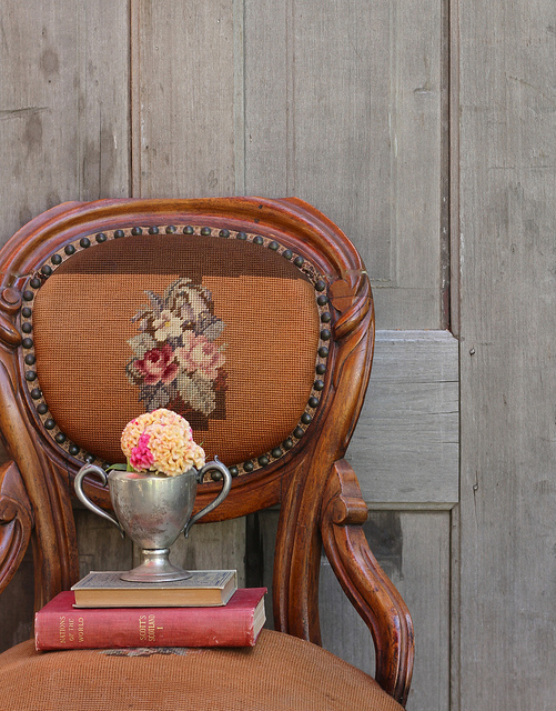 Charming chair by kayellen